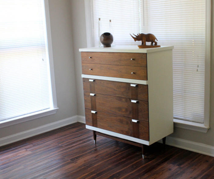 Mid Century Modern Dresser DIY. Painting and Staining laminate wood dresser refinishing  |  Intentionandgrace.com #DIY