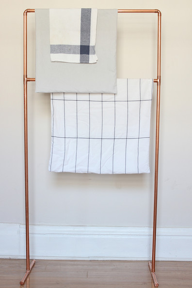 DIY copper towel rack