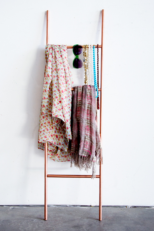 DIY scarf ladder in copper