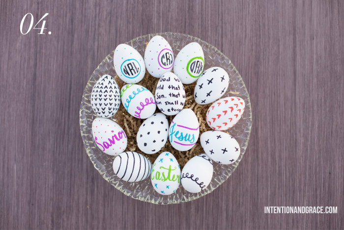 The Pros and Cons of Dyeable Craft Easter Eggs - drawing on eggs with sharpie marker technique  |  Intentionandgrace.com