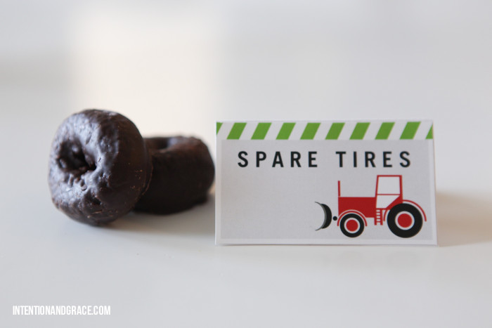 Party theme food for a tractor or construction toddler birthday party bash  |  intentionandgrace.com