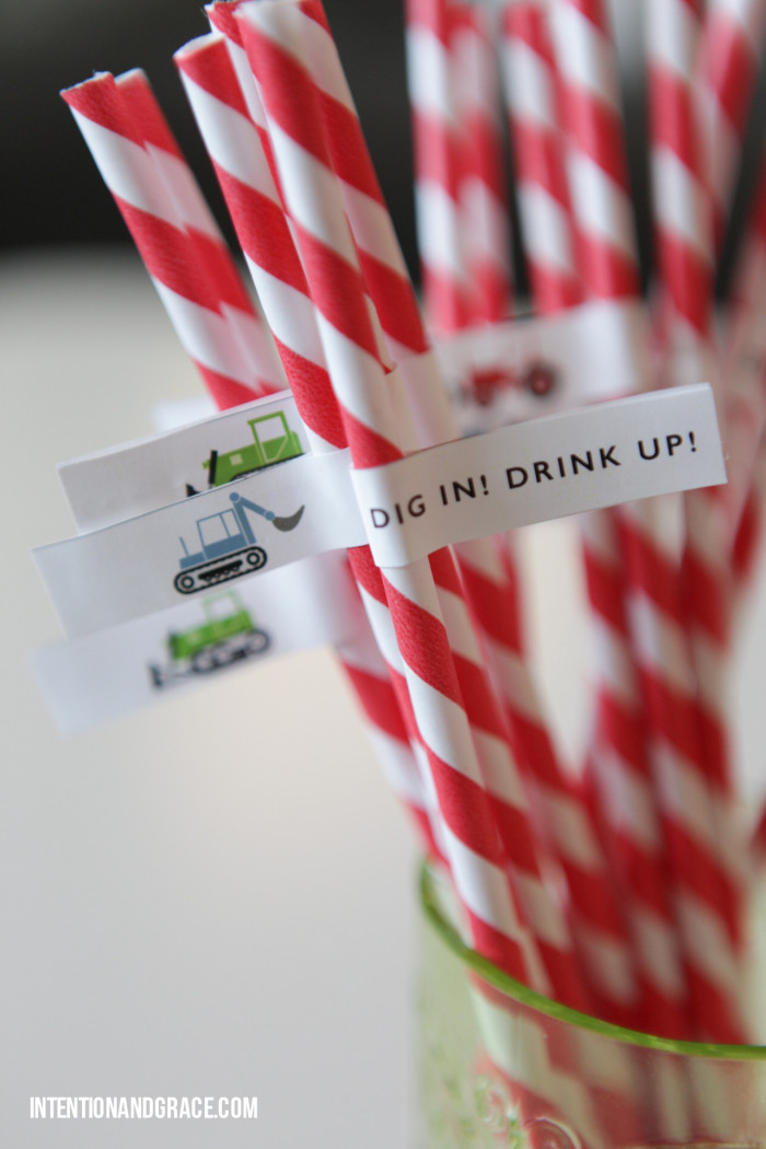 DIY straws for tractor or truck construction themed birthday party  |  intentionandgrace.com